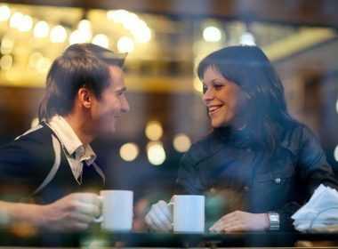 νάιλον ιστοσελίδες dating UK