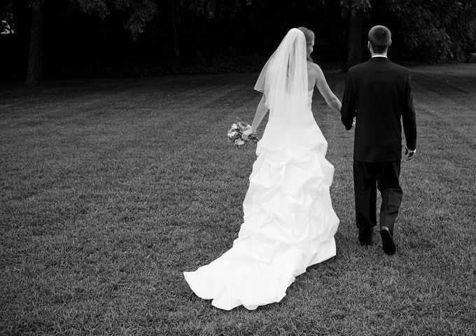 γαμος-zwdia